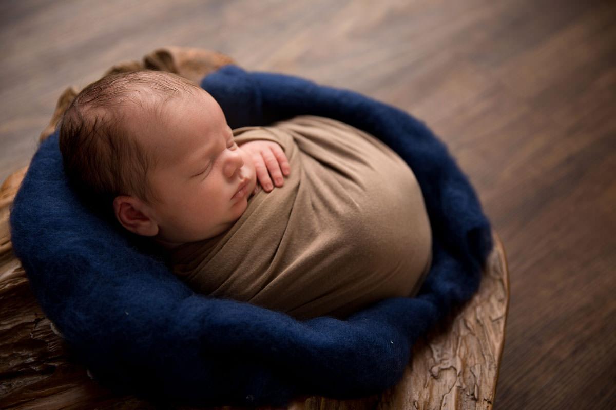 baby boy blue newborn photography brisbane
