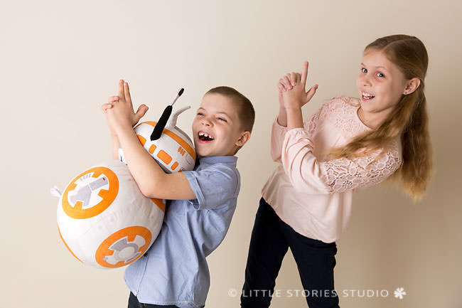 brisbane sibling photography star wars bb8