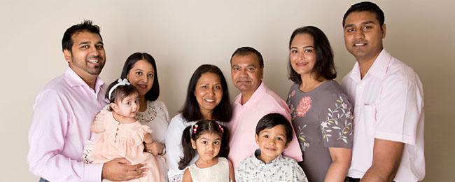 extended-family-studio-photos.jpg