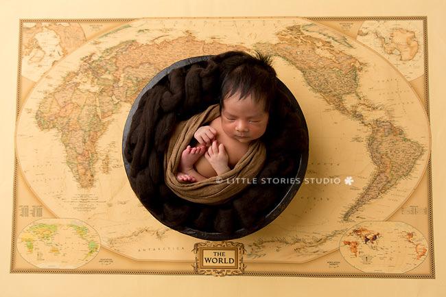 travel themed newborn photos brisbane