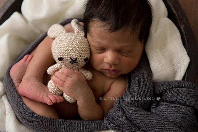 amigurumi newborn photos