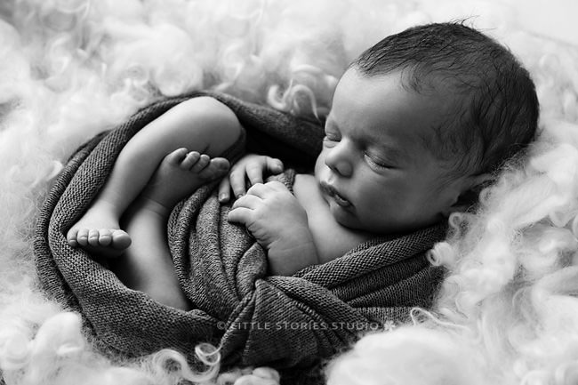 baby boy newborn photos black and white