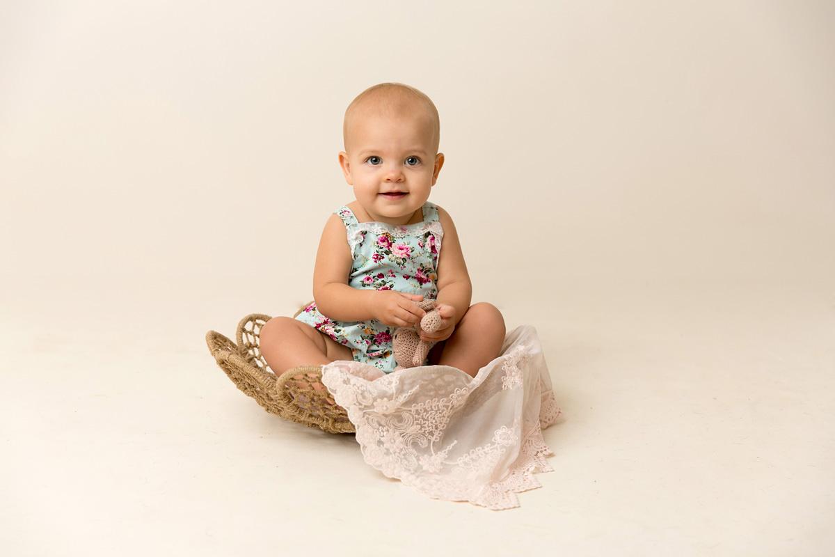 brisbane baby milestone photography